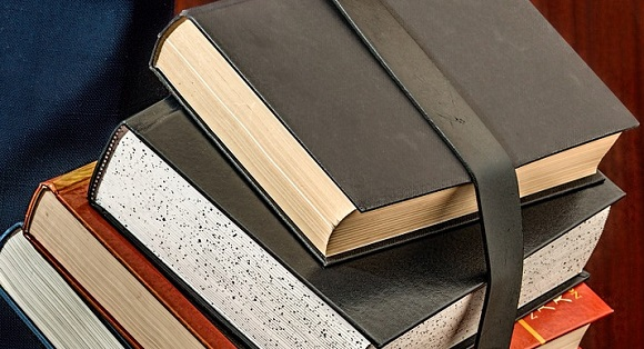 books-1012088