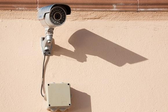 surveillance-camera-573532